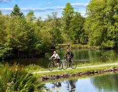 Se promener à vélo sur le plateau des 1000 étangs