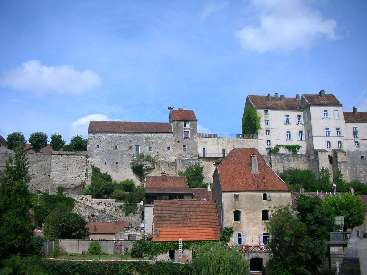 Se perdre à Pesmes, l'un des Plus Beaux Villages de France